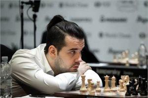 Ян Непомнящий проиграл Накамуре, а сборная России — США во втором туре онлайн-Кубка наций ФИДЕ