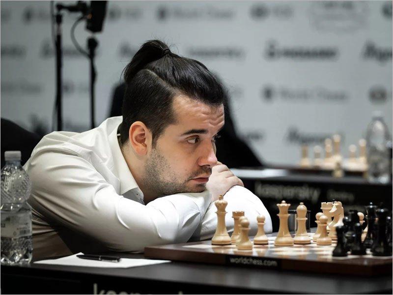 Ян Непомнящий остался на четвёртом месте в рейтинге ФИДЕ
