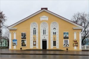Кинотеатр «Октябрь» в Новозыбкове закрыт из-за пандемии коронавируса