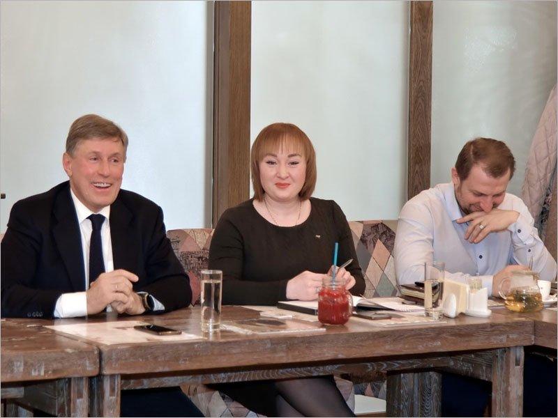 «Деловой завтрак» брянской «ОПОРЫ РОССИИ»: советы от председателя