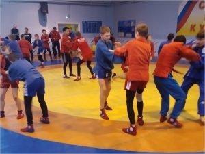 Брянские самбисты участвовали во всероссийских соревнованиях и сборах в Рязани