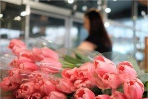 Цветы в России подорожали за год вдвое – «Известия»