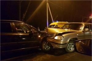 Под Брянском пьяный водитель на «Волге» в лоб протаранил иномарку