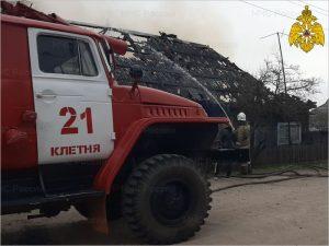 В Клетне сгорел жилой двухквартирный дом, есть жертвы