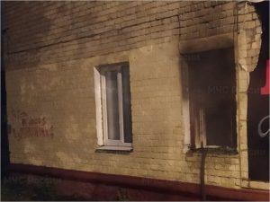 В Брянске ночью выгорела квартира, в огне погиб мужчина-пенсионер