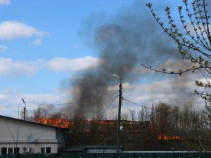 В Суземке сгорел центр авторемонта