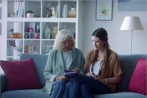 Компания Tele2 запускает онлайн-лекции по мобильному интернету для старшего поколения