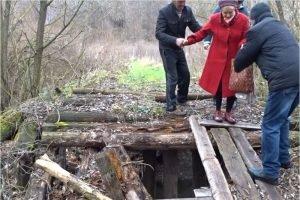 Мост в почепской деревне будет отремонтирован в суде