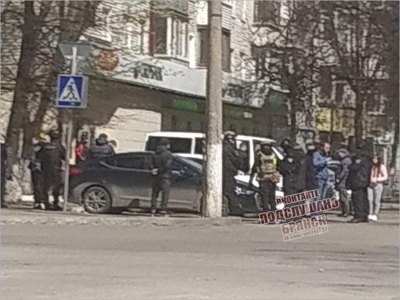 Брянская полиция провела показательную акцию против нелегальных валютчиков
