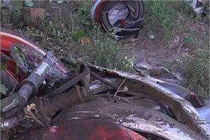 На сельской дороге под Брянском мотоциклист врезался в автофургон