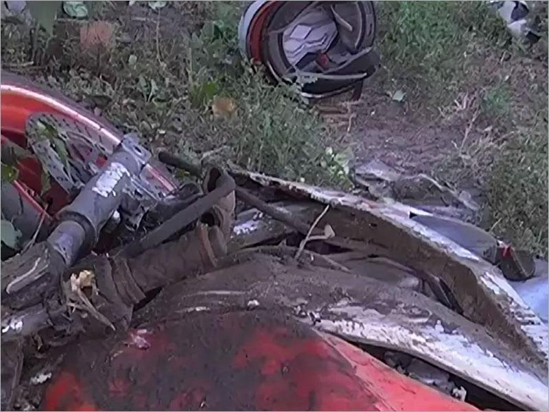 В селе под Брянском мотоциклист покалечил себя и пассажира об забор