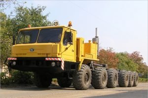 Брянский автозавод продолжает поставлять технику для нефтяников