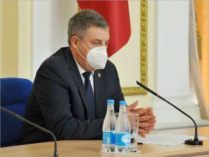 Медиарейтинг губернатора Александра Богомаза свалился в седьмой десяток