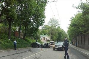В Брянске полиция ищет очевидцев лобового ДТП на улице Калинина 12 мая
