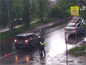 В Брянске  под колёса автомобиля попал пятилетний ребёнок