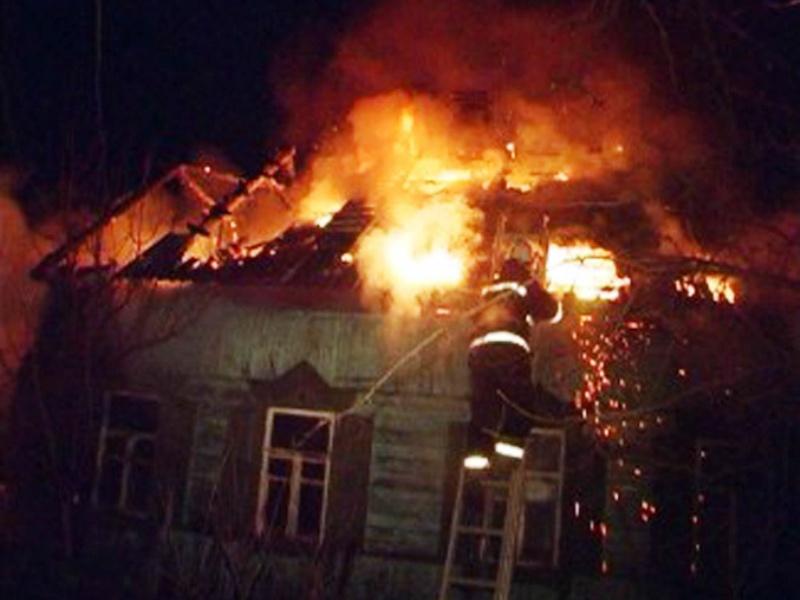 В клетнянской деревне сгорел дом, пострадал 63-летний мужчина