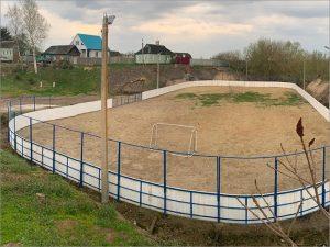 В Карачеве строится новая-старая спортивная площадка