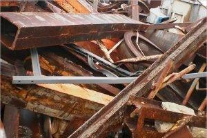 На брянском участке границы перехвачены очередные 10 тонн лома из Белоруссии