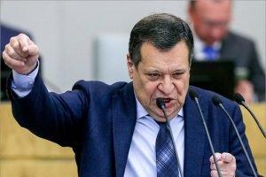 Госдума поддержала поправки «ЕР» о двукратном увеличении «детских» для безработных родителей