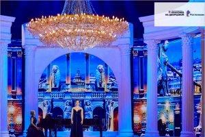 «Классика в честь Дворцовой»: онлайн-премьера музыкального шоу 27 мая в Wink
