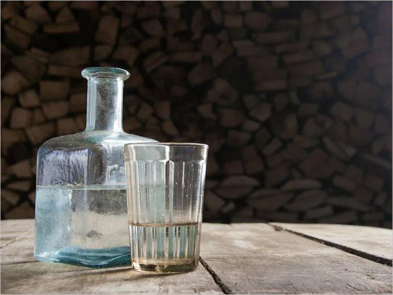 Самогонщик из Суража за продажу своего напитка приговорён к многотысячному штрафу
