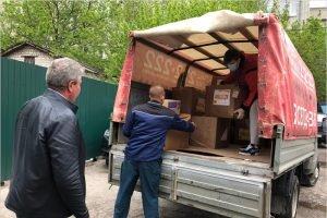 Брянские волонтёры доставили в пять больниц питьевую воду и средства индивидуальной защиты