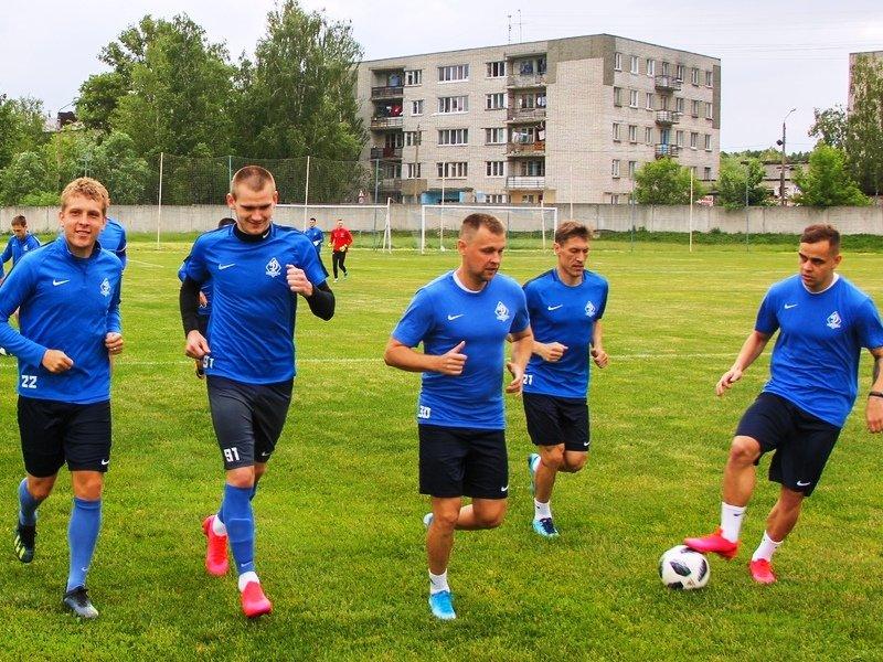 Брянское «Динамо» провело первую «постковидную» предсезонную тренировку