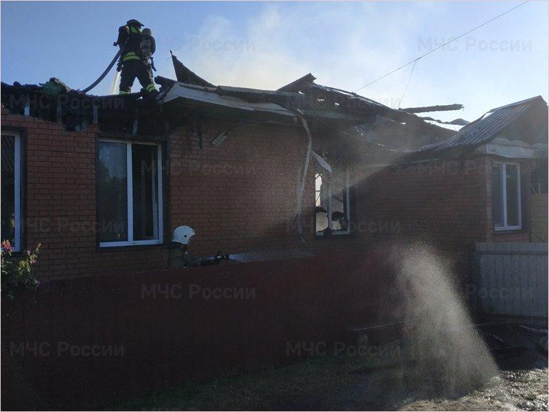 В Большом Полпино пожар уничтожил жилой дом и все надворные постройки
