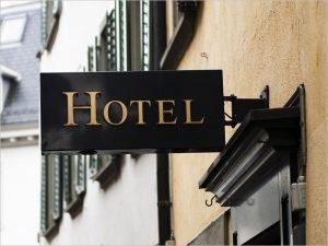 Регионы России могут принимать решения об открытии отелей