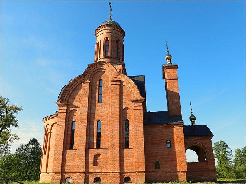 В клинцовской Смотровой Буде достраивается церковь, на которую жертвует Василий Лановой