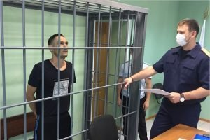 Выпили со смертельным исходом: житель села под Брянском убил собутыльника бутылкой и ножом