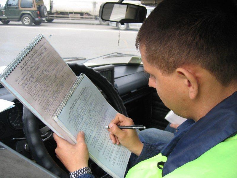 Злостный нарушитель оплатил 17 штрафов ГИБДД под угрозой лишения прав