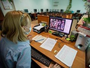 В Брянской области лучшие учителя-2020 получат премии в 200 тысяч рублей