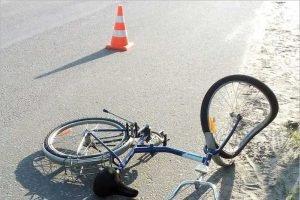 На брянской дороге под колёсами внедорожника погиб 13-летний велосипедист
