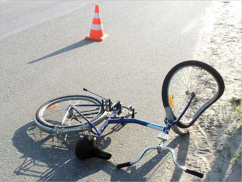 Под Почепом под колёсами погиб велосипедист