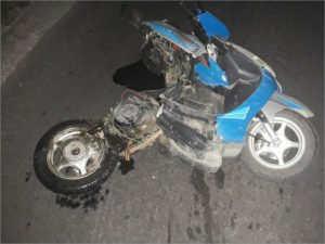 В Почепе при столкновении с легковушкой погиб водитель мопеда