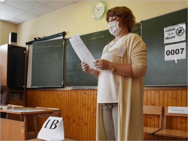 Брянские выпускники сдают говорение на иностранных языках