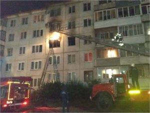 В Брянске выгорела квартира в пятиэтажном панельном доме