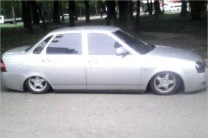 На выходных гаишники в Брянске выловили 18 авто изменённой конструкции. Но только две заниженных «приоры»