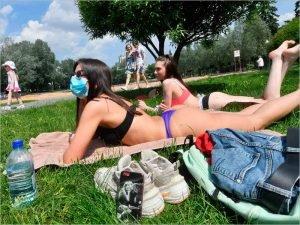 Навстречу «Бессмертному полку»: в Брянской области сняты запреты на работу общепита, санаториев, бань и саун