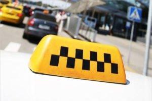 Дорожная полиция в Брянске вышла на «охоту» за таксистами
