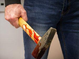 Брянский пенсионер осуждён на 8,5 лет за убийство собутыльника молотком