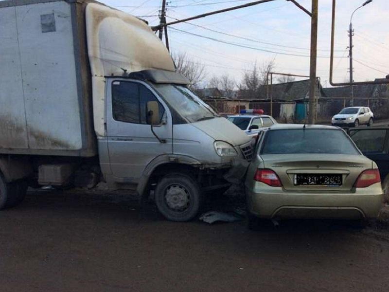 В Почепе пожилой автомобилист лишился жизни, выехав на встречку