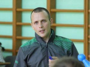 В Брянске звания «Учитель года» удостоен преподаватель физкультуры из школы №64