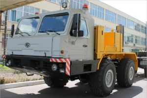 Внедорожный тягач производства Брянского автозавода поставлен на предприятие нефтегазовой отрасли