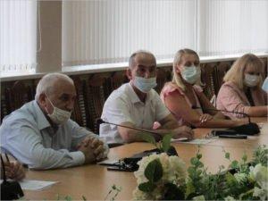 Армяне и азербайджанцы заверили брянские власти, что воевать здесь не собираются