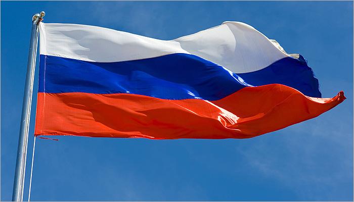 Владимир Путин поддержал идею ежедневно поднимать российский флаг в школах