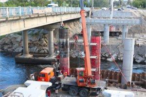 Подрядчики обещают сдать Литейный мост «в конце августа». Одна опора ещё не готова