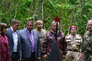 В брянских лесах открыты после реконструкции мемориальные землянки на Белой Круче