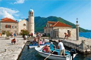 Черногория открывает границы для российских туристов